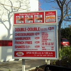 Photo taken at In-N-Out Burger by The Fab 4 C. on 2/18/2012