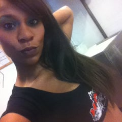 Photo taken at Hooters by Laura A. on 4/12/2012