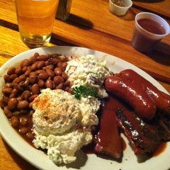 Photo taken at The State Line Bar-B-Q by chrystal on 8/7/2012