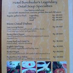 Photo taken at Sop Buntut Bogor Cafe by Henthen K. on 8/30/2011