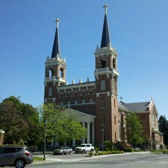 Photo taken at St. Aloysius Church by Gonzaga University on 8/3/2011