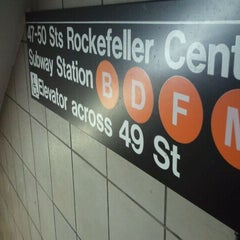 Photo taken at MTA Subway - 47th-50th St/Rockefeller Center (B/D/F/M) by Shabazz on 10/12/2011