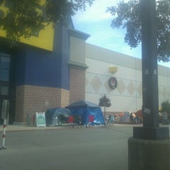 Photo taken at Best Buy by Mark W. on 11/24/2011