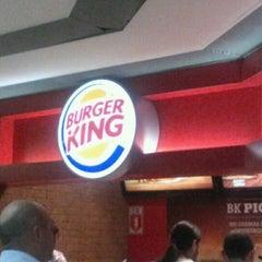 Photo taken at Burger King by Rafael P. on 8/24/2012