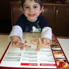 Photo taken at Pizza Hut by Stephanie C. on 4/1/2012