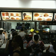 Photo taken at McDonald's by Jorge T. on 2/18/2012