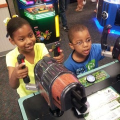 Photo taken at Chuck E. Cheese's by Marlon on 5/14/2012