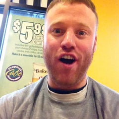 Photo taken at Tropical Smoothie Cafe by Justin H. on 3/30/2012