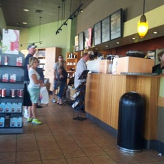 Photo taken at Starbucks by Oğuz O. on 7/29/2012