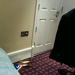 Photo taken at Park Avenue Belgravia Hotel by Gontran P. on 3/21/2012