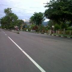 Photo taken at Jalan Soekarno Hatta by Sri Hasni Pipiati B. on 9/11/2012