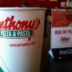 Photo taken at Anthony's Pizza & Pasta - Union by Gary J. on 11/18/2011