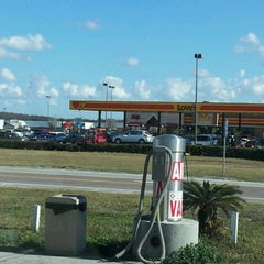 Photo taken at Love's Travel Stop by Paul O. on 12/23/2011