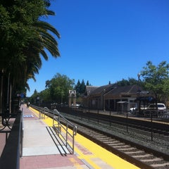 Photo taken at Menlo Park Caltrain Station by Zach S. on 6/9/2012