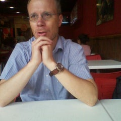 Photo taken at Telepizza by Danilo A. on 1/23/2012