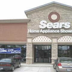 Photo taken at Sears Home Appliance Showroom - Closed by Rich H. on 1/31/2012