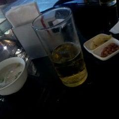 Photo taken at Blar Blar Bar (บลา บลา บาร์) by Maxaey U. on 1/26/2012