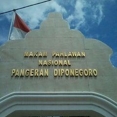 Photo taken at Makam Pangeran Diponegoro by Nurhadi P. on 11/30/2011
