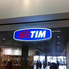 Photo taken at Loja TIM by Wagner P. on 8/2/2012