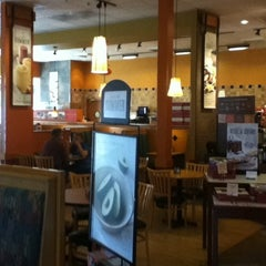 Photo taken at Panera Bread by Yubbie U. on 9/3/2012