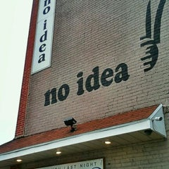 Photo taken at No Idea Tavern by Gianni M. on 5/22/2011