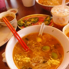 Photo taken at Pho 99 by Raymond J. P. on 7/3/2012