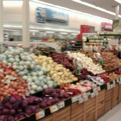 Photo taken at Hy-Vee by Anna G. on 10/31/2011