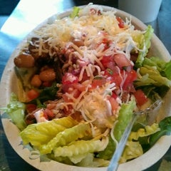 Photo taken at Chipotle Mexican Grill by Alexis L. on 2/21/2012