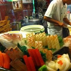 Photo taken at Kyo Sushi Bar by Mauro R. on 10/12/2011