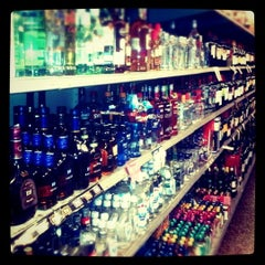 Photo taken at Food & Liquor World by ChaunceyCC on 6/4/2011