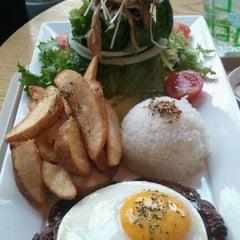 Photo taken at W Burger by Bona K. on 10/26/2011