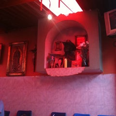 Photo taken at Los Tres Reyes - Barbacoa by Mario M. on 8/13/2011