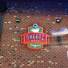 Photo taken at SHEETZ by Gaylan F. on 7/29/2012