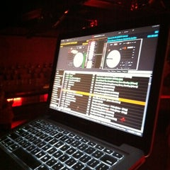 Photo taken at HEAT Night Club by [RAPH]AEL™ on iHeartRadio on 6/10/2012