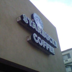 Photo taken at Starbucks by ⚡ DX F. on 7/30/2012