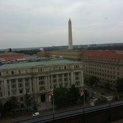 Photo taken at JW Marriott Washington, DC by Qu Z. on 9/1/2012