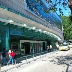 Photo taken at Shopping RioSul by Orlando J. on 5/26/2012