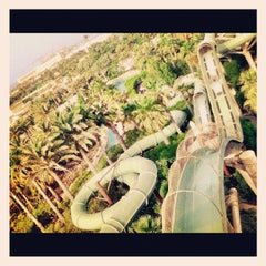 Photo taken at Aquaventure Waterpark by Muneer A. on 5/19/2012