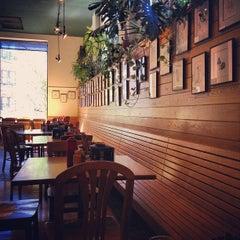 Photo taken at Tommy's by Jennifer S. on 8/17/2012