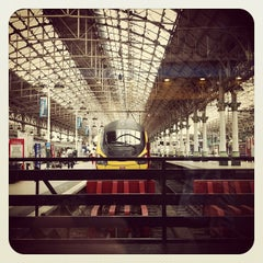 Photo taken at Manchester Piccadilly Railway Station (MAN) by Danny D. on 5/14/2012