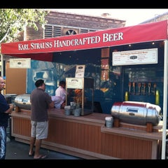 Photo taken at Karl Strauss Beer Truck by Jay T. on 10/28/2011