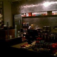 Photo taken at Starbucks by Omar B. on 11/12/2011