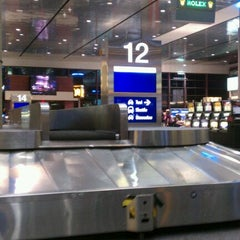 Photo taken at Baggage Claim by Warren W. on 9/20/2011