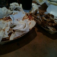 Photo taken at Buffalo Wild Wings by Maxx L. on 5/8/2012