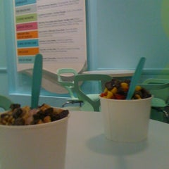 Photo taken at Yogurtini by Jose Matteo on 4/2/2012