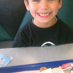 Photo taken at Burger King® by Cary W. on 10/16/2011