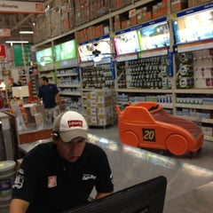 Photo taken at The Home Depot by Arturo A. on 12/22/2011