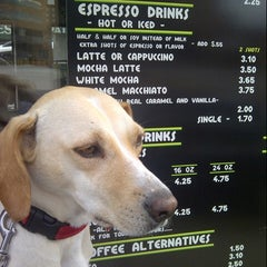 Photo taken at Expresso Drive Thru Cafe by Walter P. on 7/25/2012