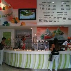Photo taken at Yogoberry Original by Paula D. on 4/8/2011