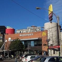 Photo taken at McDonald's by ¡Ignorar esto! on 12/27/2010